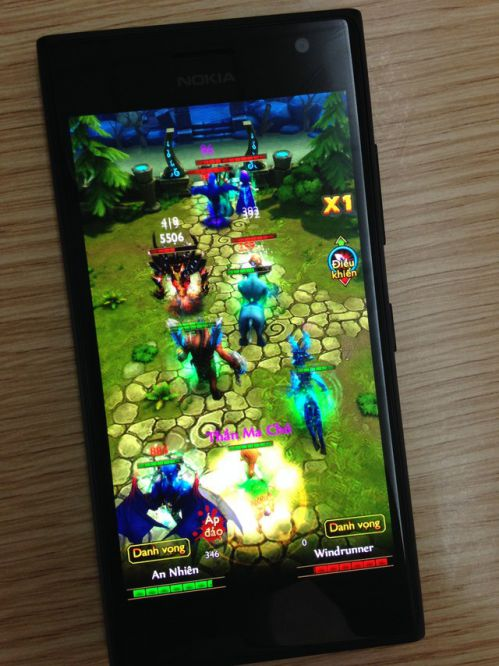 godlike-game-theo-de-tai-dota-co-mat-tren-windows-phone 2